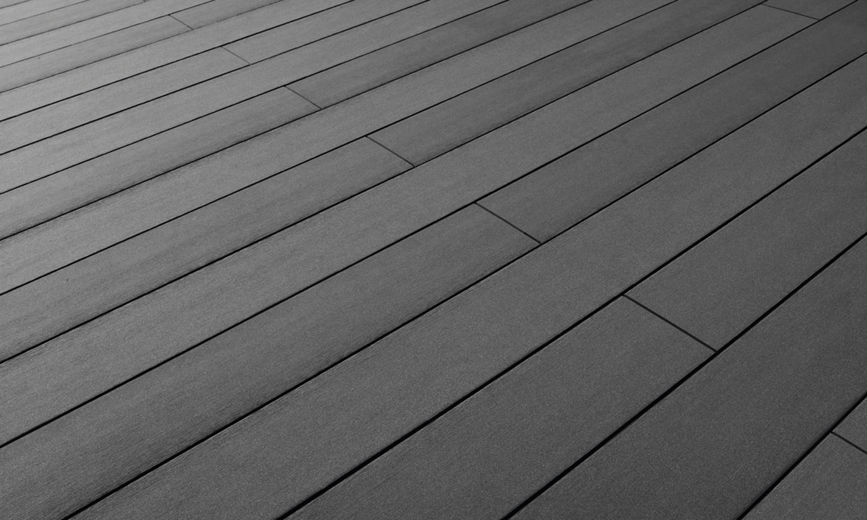 terrafina-composite-decking-plain-graphite-surface-finish